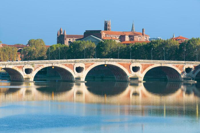Pont Neuf in Toulouse photo via Depositphotos