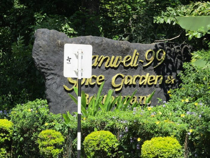 Ranweli Spice Garden por Leonora Enking a través de Wikipedia CC