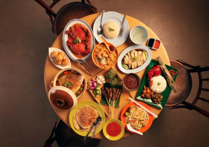 Showcasing Chinese, Malay, and Indian cuisine, hawker centres serve as a reflection of Singapore as a multicultural city-state.