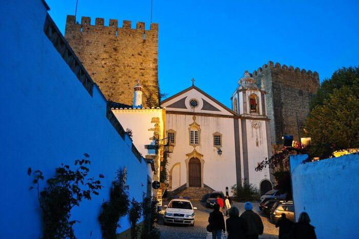 Sao Tiago Church Obidos by Fbarao via Wikipedia CC