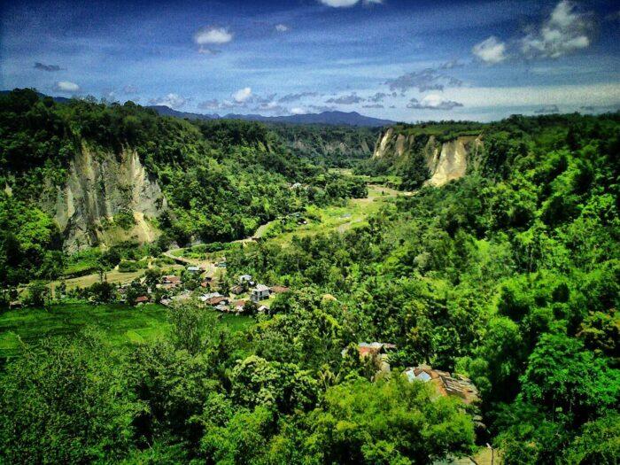 Sianok Valley photo via ASEAN Youth Organization FB Page