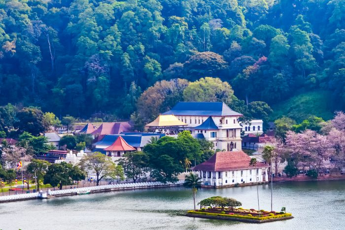 Temple of the Tooth, Best things to do and see in Kandy, Sri Lanka photo via Depositphotos