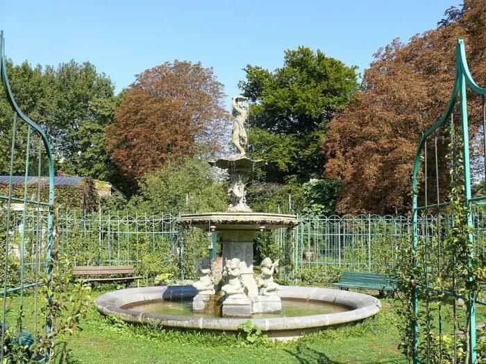 Vauban Garden Lille by Peter Porrowl via Wikipedia CC