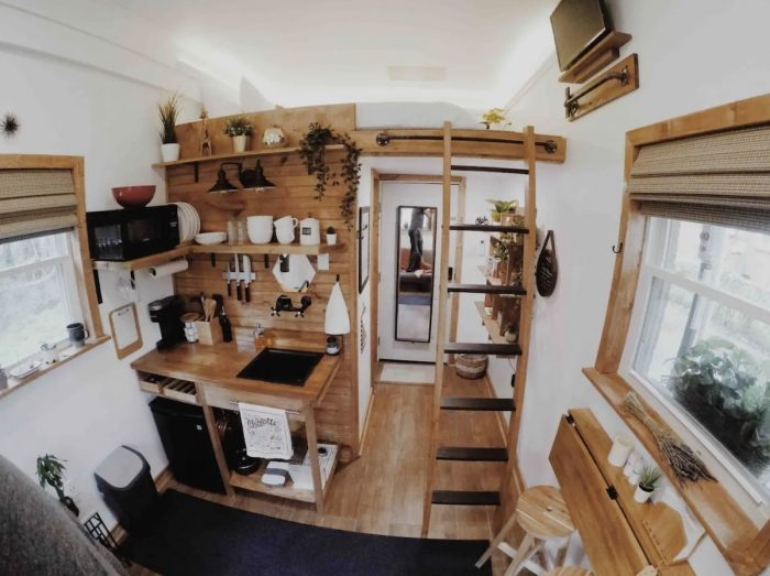 Charming Tiny House Airbnb in Charlotte