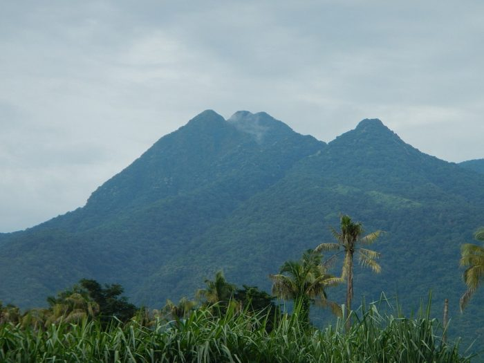 Close-up view of Makiling summit from Santo Tomas by Ramon FVelasquez via Wikipedia CC