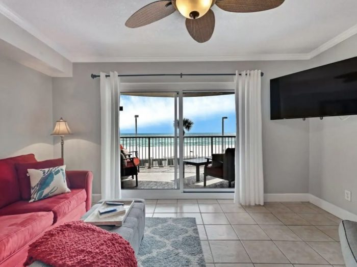 Cozy Beachfront Apartment in Orange Beach Alabama