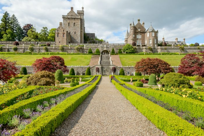 Drummond Castle Gardens photo via Depositphotos