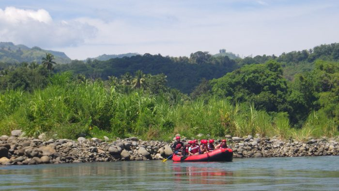 Home.fit Enjoying-the-calm-waters-700x394 Chasing White Waters in Cagayan de Oro