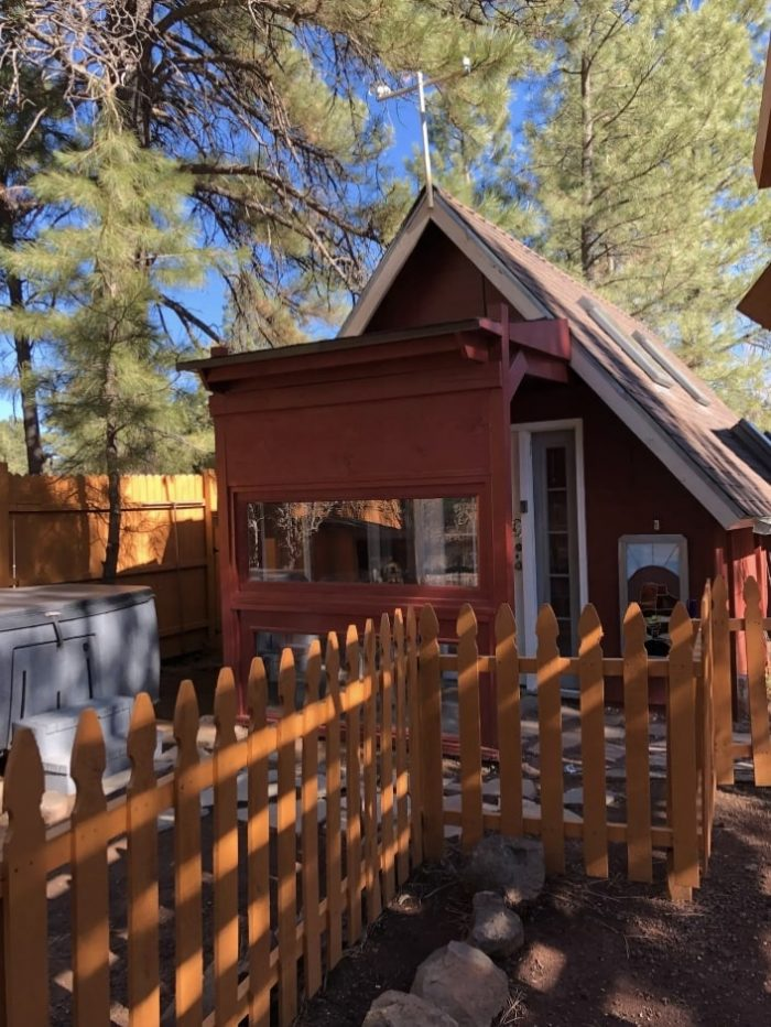 Flagstaff New Tiny House with private Hot Tub