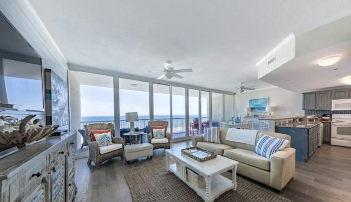 Gulf Shores Apartment with Perfect views at sunrise and sunset