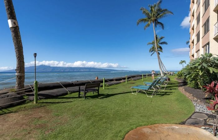 Lahaina Oceanfront Airbnb