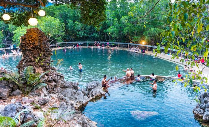 Maquinit Hot Springs photo via Depositphotos