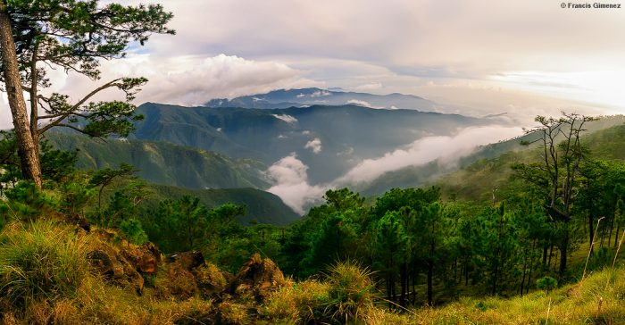 Mount Tapulao Hike by Francis Gimenez via Flickr CC