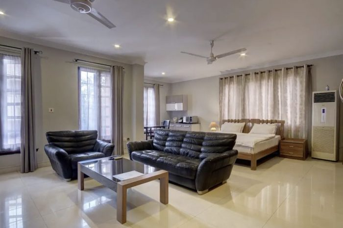 Home.fit Accra-Airport-Residential-Very-Spacious-Suite-700x465 The Top 7 Best Airbnbs in Accra, Ghana