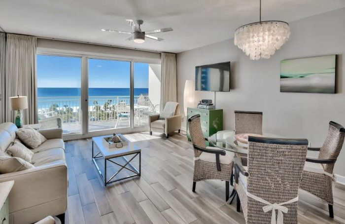 Airbnb in Miramar Beach with Great Beach views in perfect location