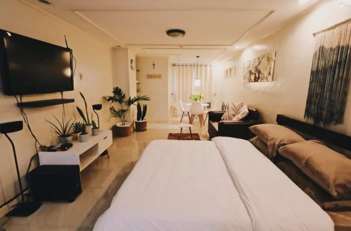 Airbnb in New Manila Quezon City