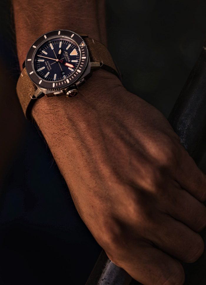 Home.fit Alpina-Seastrong-Watch-700x968 Reach Your Summit with Alpina Watches