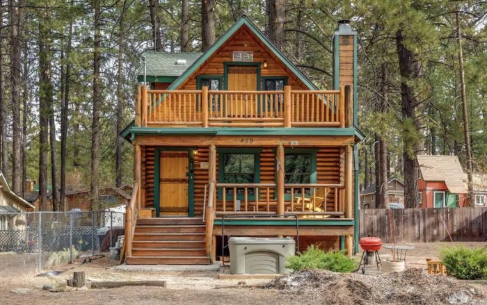 Bear Lake Hideaway Airbnb Cabin with Spa
