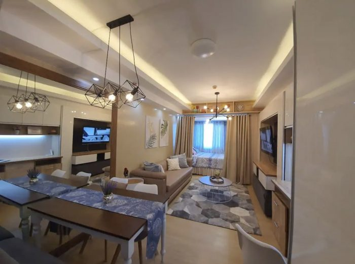 Home.fit Cozy-Hotel-Ambience-1BR-Condo-Unit--700x522 The Top 7 Best Airbnbs in Quezon City