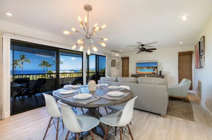 Home.fit Gorgeous-Luxury-Wailea-Condo-with-BEST-Ocean-Views-700x464 The Top 7 Best Airbnbs in Kihei, Hawaii