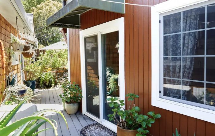 Hillside Airbnb Cottage in San Rafael