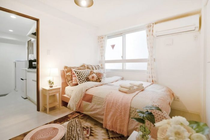 Home.fit Homey-modern-apartment-rental-in-Shinjuku-City-700x466 The Top 7 Best Airbnbs in Shinjuku, Japan
