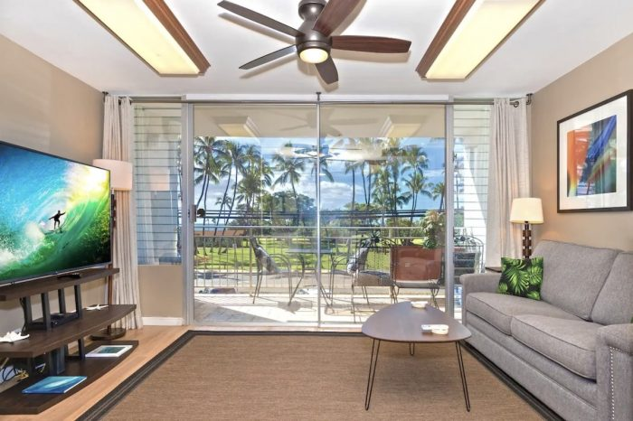 Home.fit Ocean-View-Condo-at-the-Island-Surf-in-Kihei-Maui--700x466 The Top 7 Best Airbnbs in Kihei, Hawaii