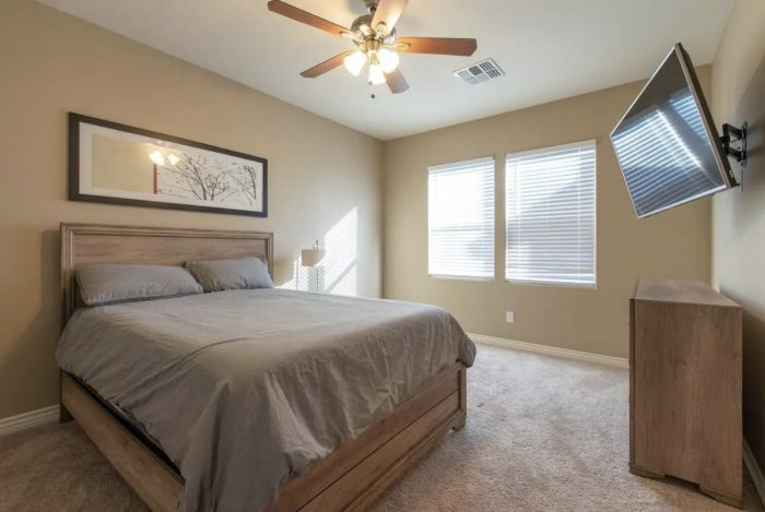 Home.fit Phoenix-AZ-private-room-Airbnb-rental-700x469 The Top 7 Best Airbnbs in Phoenix, Arizona