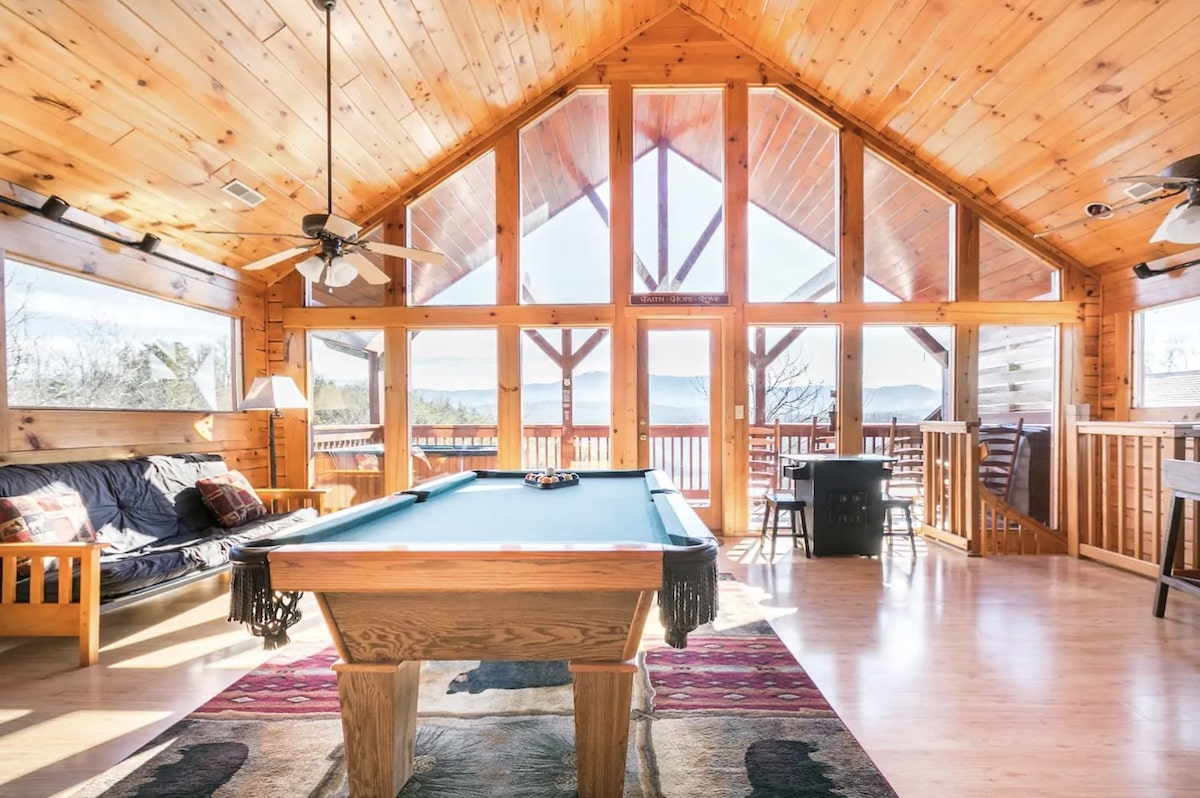 The Top 7 Best Airbnbs in  Sevierville, Tennessee
