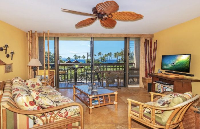 Home.fit Stylish-Airbnb-Condo-at-Maui-Vista-Resort-with-Ocean-View--700x452 The Top 7 Best Airbnbs in Kihei, Hawaii