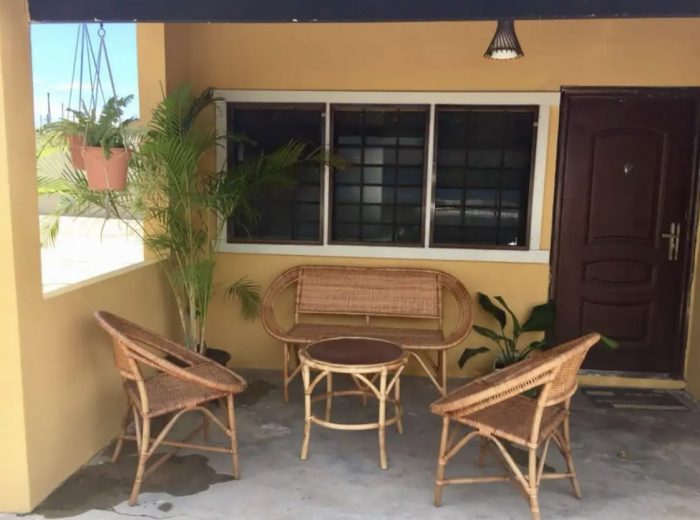 Home.fit Tranquil-home-in-the-center-of-town--700x520 The Top 7 Best Airbnbs in Accra, Ghana