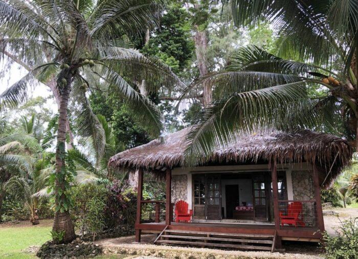 Home.fit Vanuatu-Waterfront-Airbnb-with-Private-Pool-700x507 The Top 7 Best Airbnbs in Vanuatu