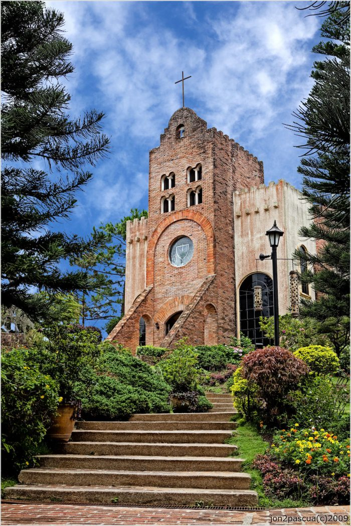Discover Caleruega Church in Batangas by Jonjon Pascua via Flickr CC