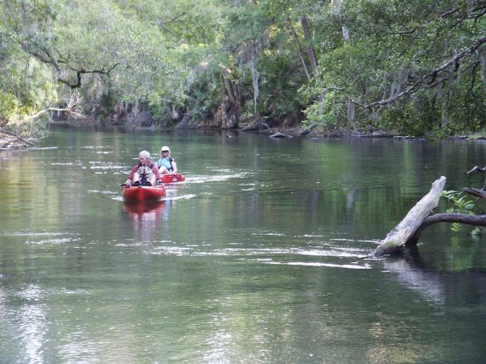 Home.fit Kayaking-on-the-Blue-Spring-Outlet-by-Oydman-via-Wikipedia-CC-700x525 Bucket List: Top 15 Best Things to Do in Orange City, Florida