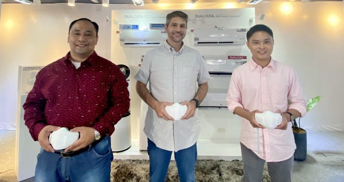 L-R: LGEPH Senior Product Manager Mr. Mayer Mendoza, LGEPH Brand Ambassador James Deakin, and LGEPH Product Manager Mr. Jave Enriquez