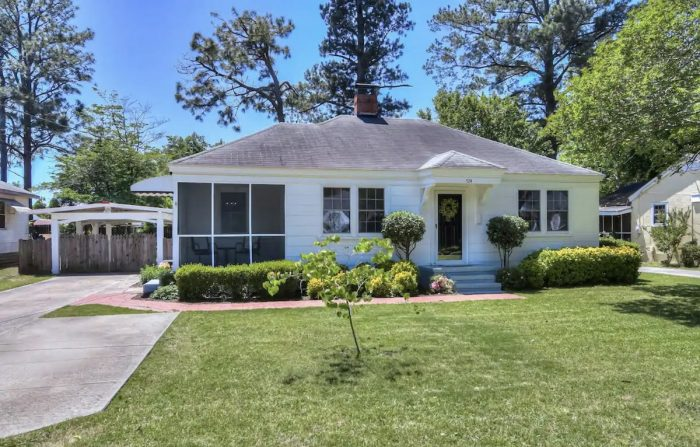 Home.fit Modern-Bungalow-Airbnb-in-North-Augusta-700x447 The Top 7 Best Airbnbs in Augusta, Georgia