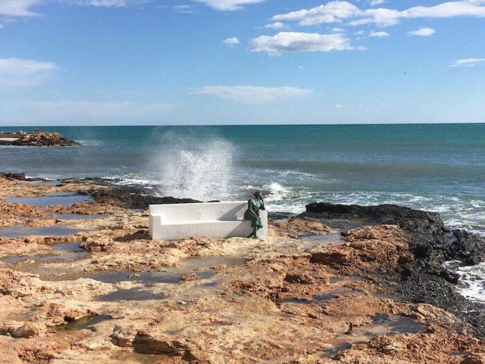 Estatua de la Bella Lola photo via Villa Acacia Fb Page