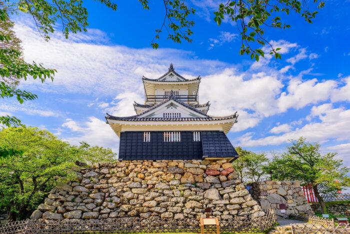 Hamamatsu Castle in Japan photo via Depositphotos