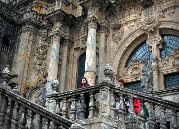 Home.fit Staircase-leading-up-to-the-entrance.-700x504 Europe Visita Iglesia #5: Santiago de Compostela Cathedral in Spain