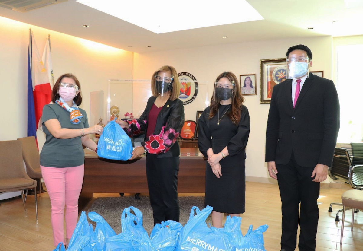 Hotel 101 Group and DoubleDragon's donation of MerryMart groceries to Pasay City Medical Frontliners