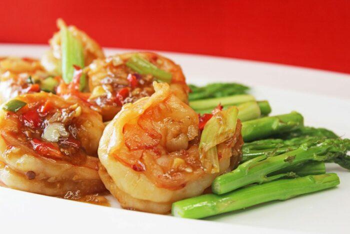 Stir-fried Prawns and Asparagus in XO Sauce