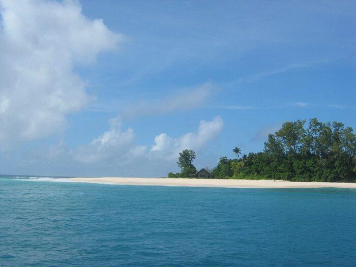 Cousin Island Seychelles by tiarescott via Wikipedia cc