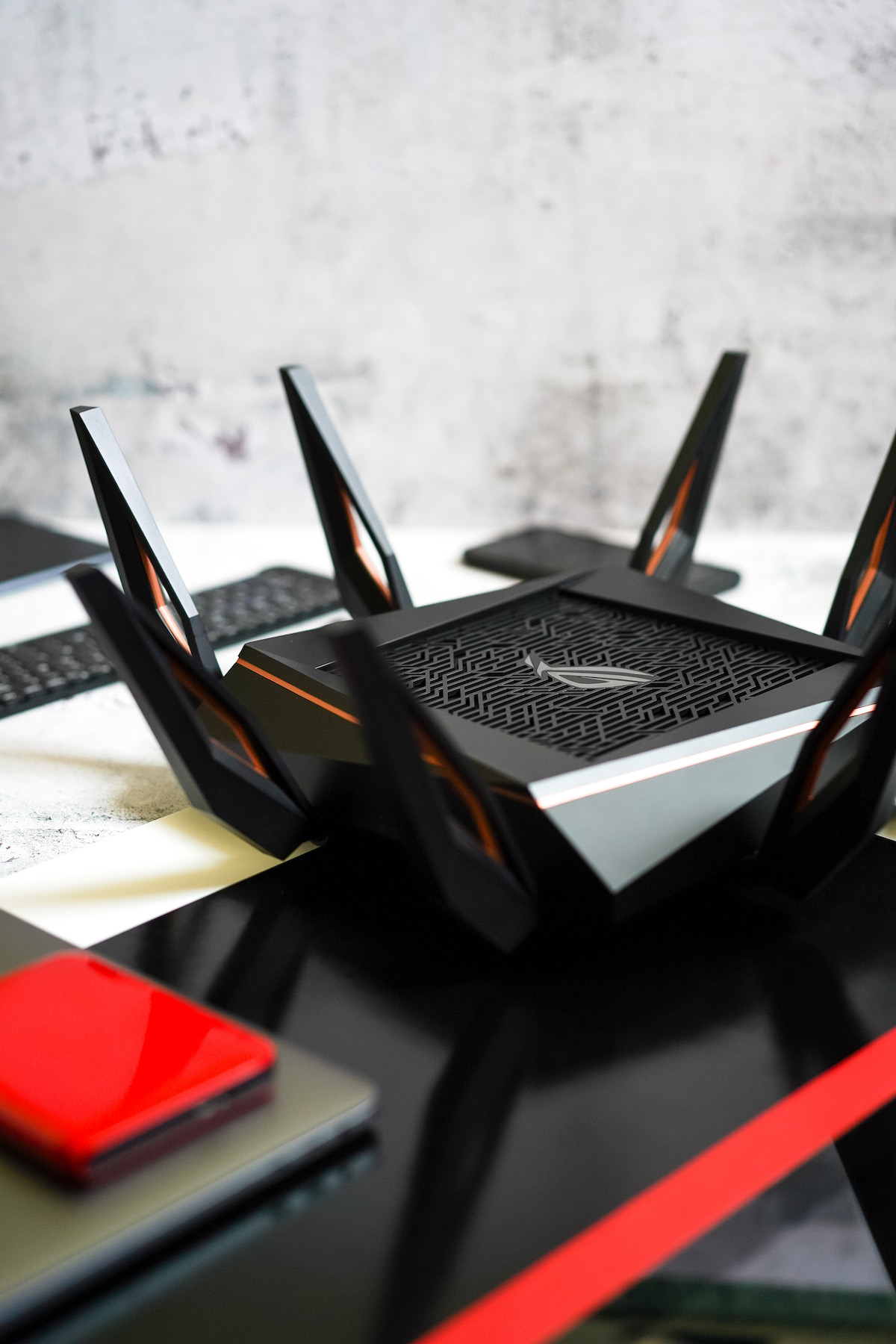 Win Faster with PLDT Home Fibr-powered WiFi 6 Gaming Router