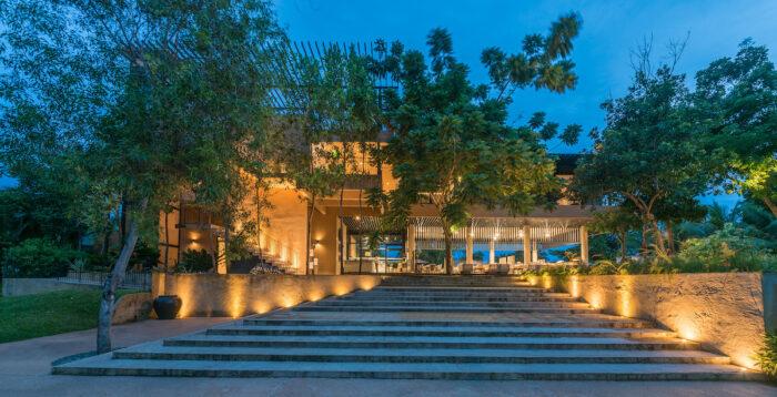 Saffron Restaurant Garden Facade, Amorita Resort, Panglao Bohol