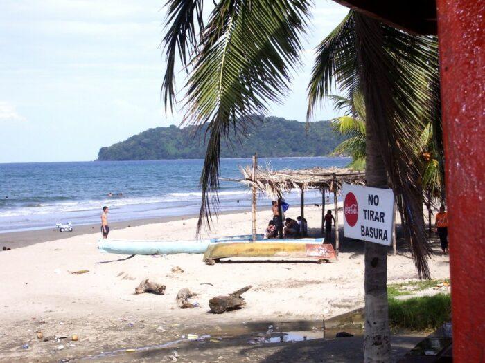 Playa de Tela by JVC3ETA via Wikipedia cc