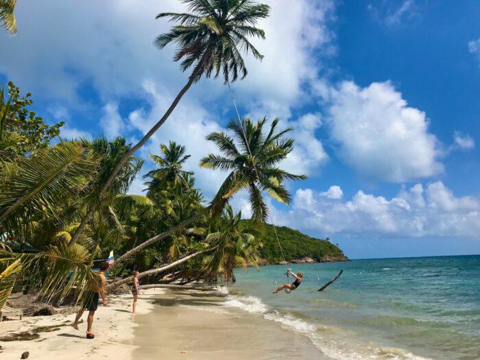 Playas de Providencia Colombia by Guillermo Bresciano via Unsplash